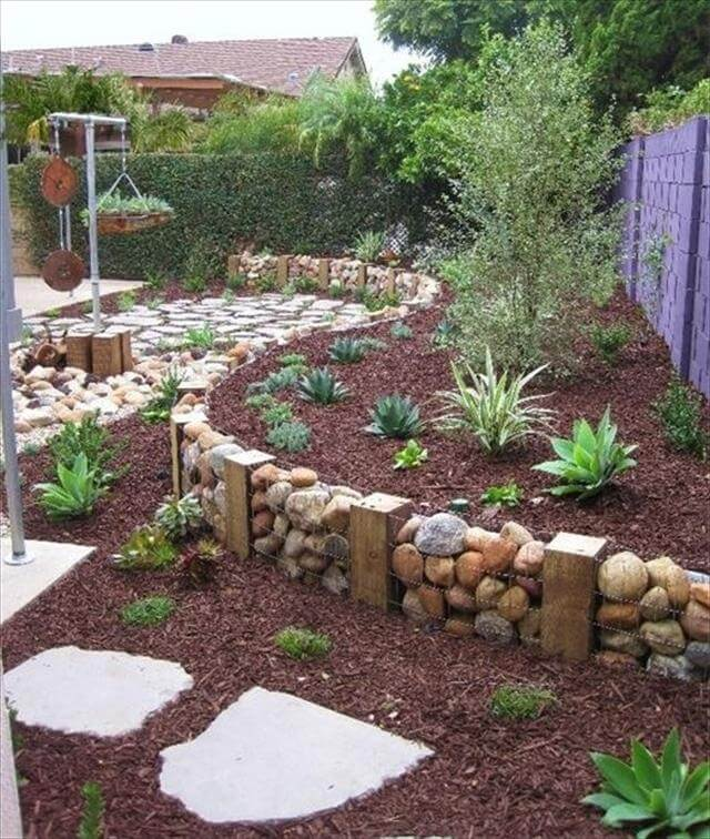 out door garden decor with wire mesh and stones