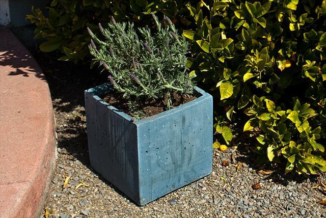 out door planter box