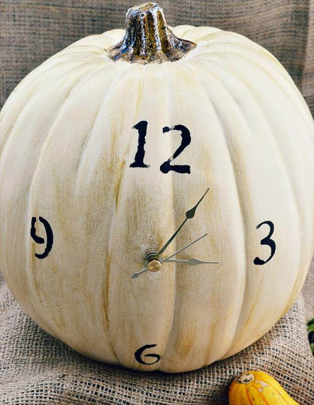 pumpkin-clock
