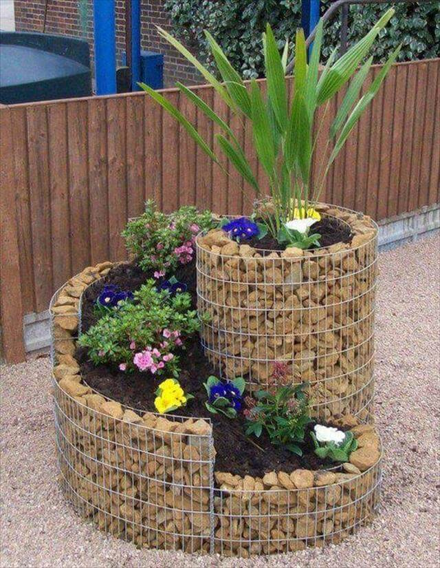 wire mesh and stones planter