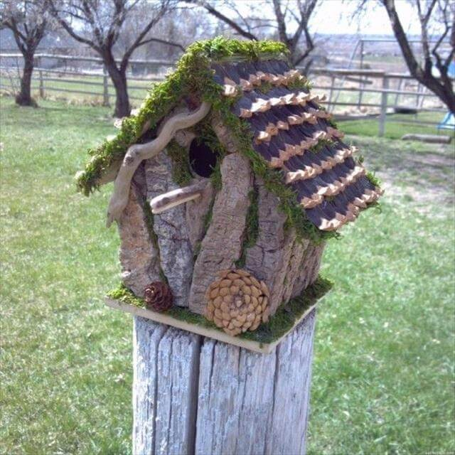 DIY Birdhouse Garden Idea