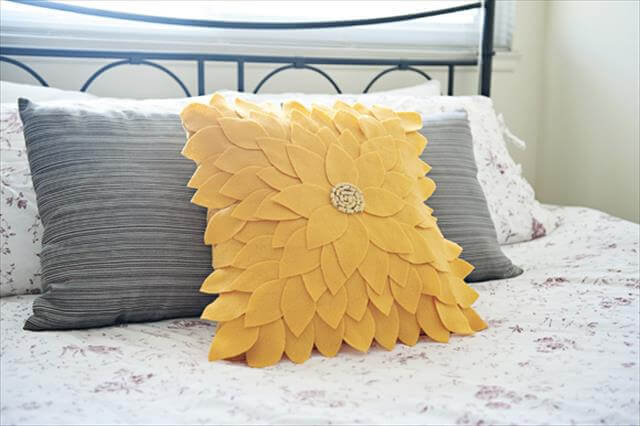 Flower Felt Pillow