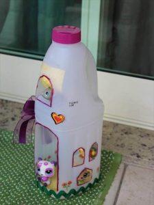 9 DIY Old Plastic Bottles Ideas