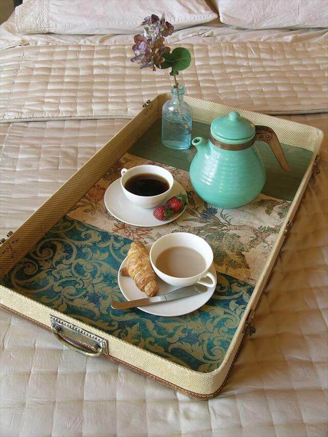 DIY-Vintage-Breakfast-Tray-from-Suitcase