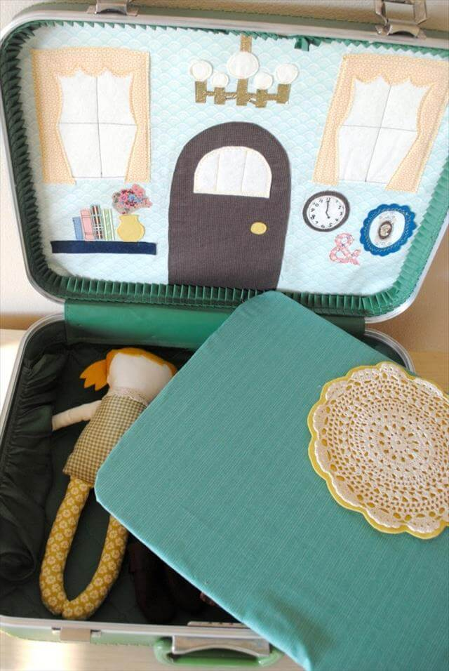 DIY-Vintage-Suitcase-Dollhouse