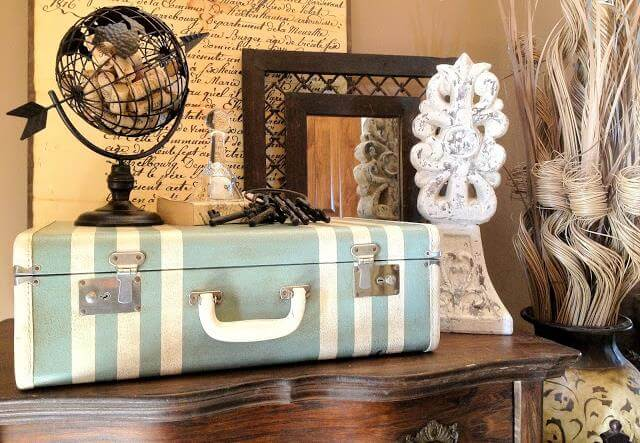 DIY-Vintage-Suitcase-Painted