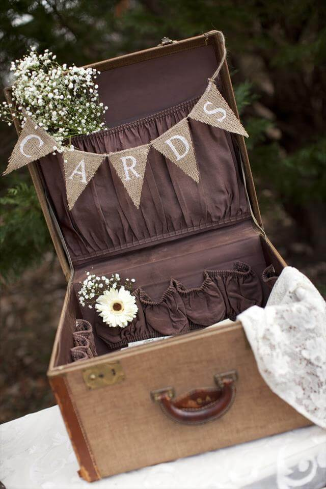 DIy-Vintage-Suitcase-Wedding-Card-Box