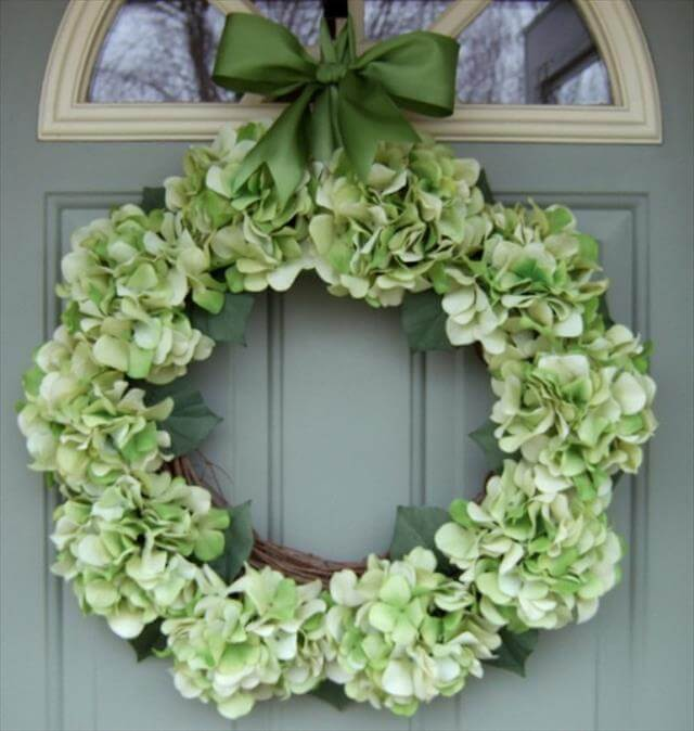 Spring-Door-Wreath