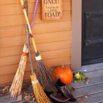 8 DIY Spooky Decoration For Halloween