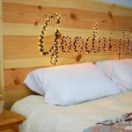 8 DIY Delightful Headboard Ideas
