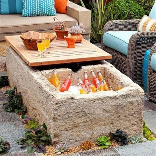 Beautiful Garden Table Idea