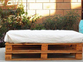 DIY Wooden Bench Storage idea