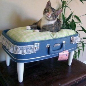 8 DIY Recycled Vintage Suitcase Ideas