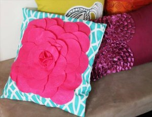 9 DIY Pillowcase Projects