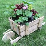 10 DIY Wooden Wheelbarrow Planter
