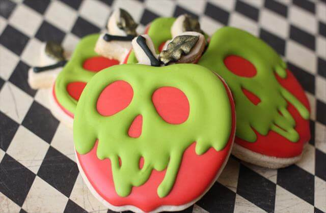 Poisonous Apples