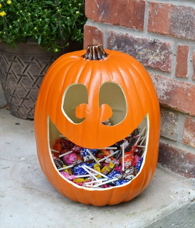 DIY Pumpkin Candy Holders