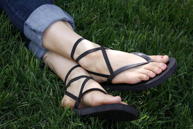 Elastic Strappy Sandals