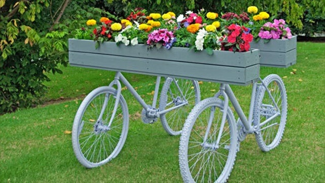 Garden Art Planters With Wheels