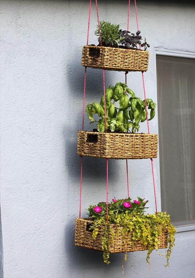 10 Diy Hanging Basket Vertical Garden Diy To Make