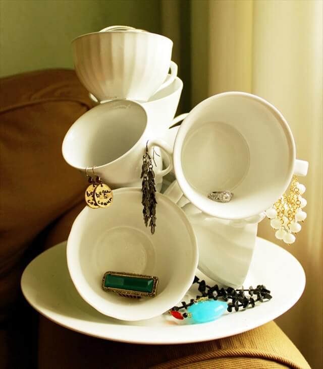 15 Reuse Teacups & Teapot Ideas | DIY to Make