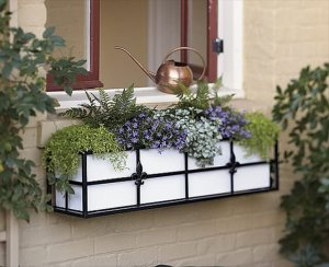 17 DIY Window Box Design