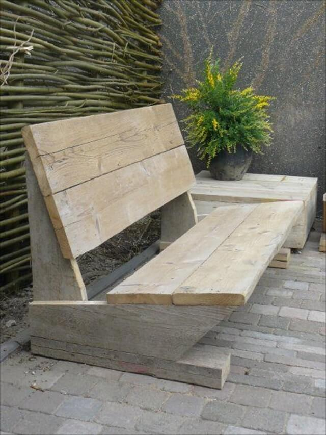 Pallet bench with planter idea