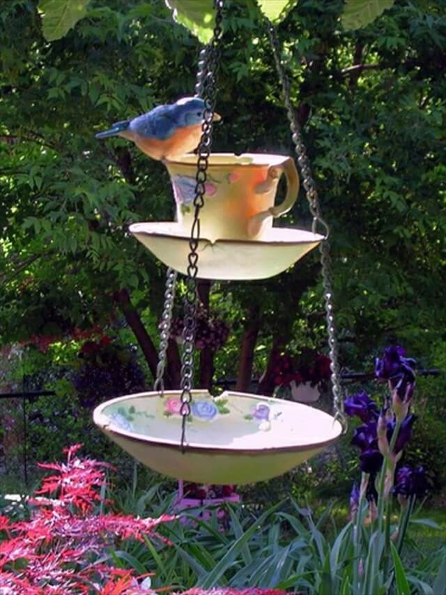 pots bird feeder