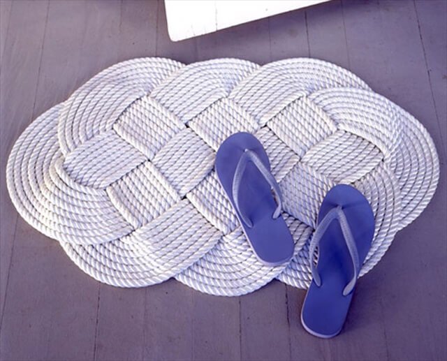 White rope rug for your homr