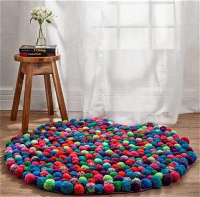 Super Easy DIY Rug Tutorials For Your Home