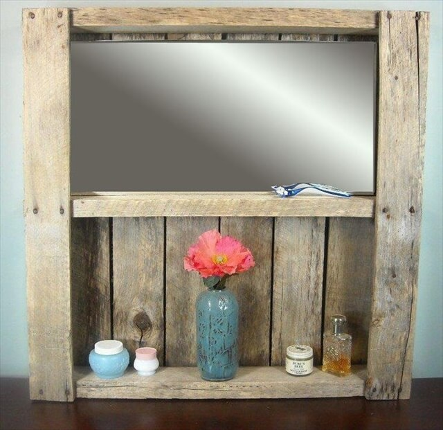 Rustic Pallet Bathroom Mirrored Shelf