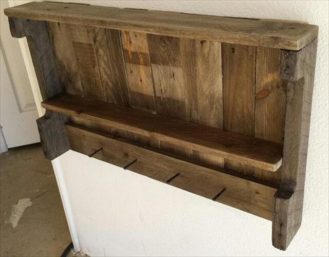 rustic pallet wall hanging shelf