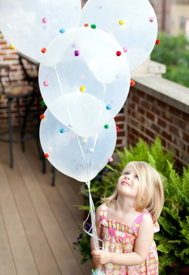 Pom-Pom Balloon
