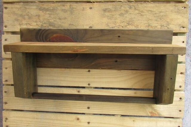 wooden pallet towel rack