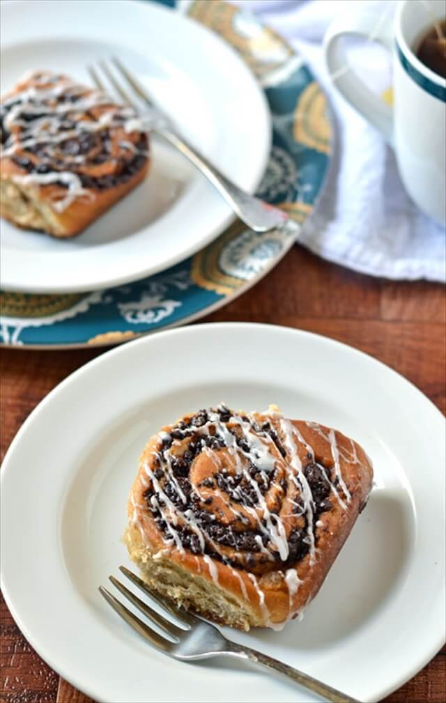Chocolate Chia Cinnamon Rolls