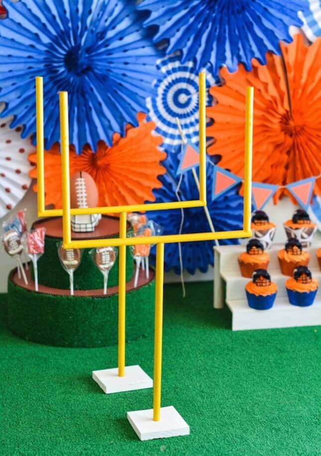 12 colorful diy super bowl party decorations diy to make for Super bowl party items