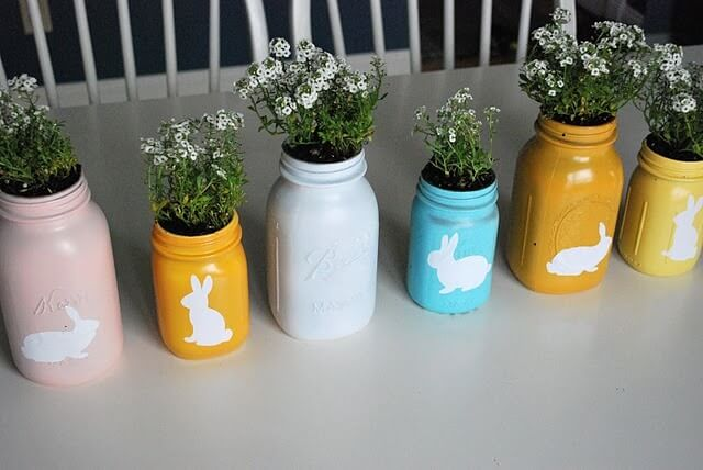 Mason-Jar-Easter-Center-Piece