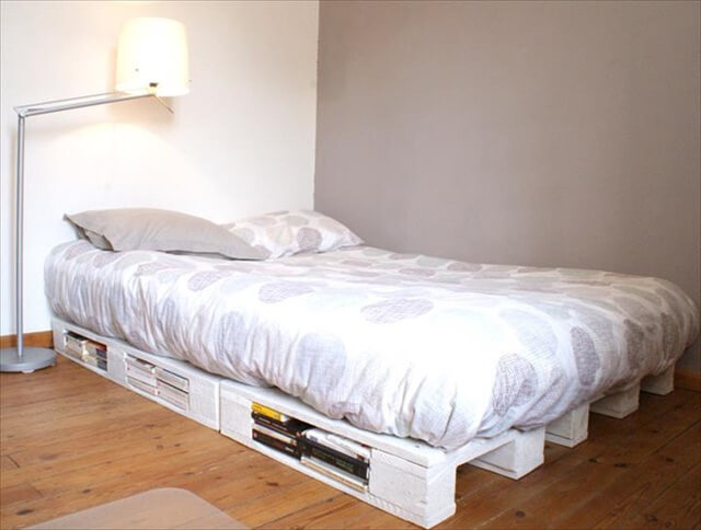 11 diy pallet bed design diy to make for Pallet platform bed with storage