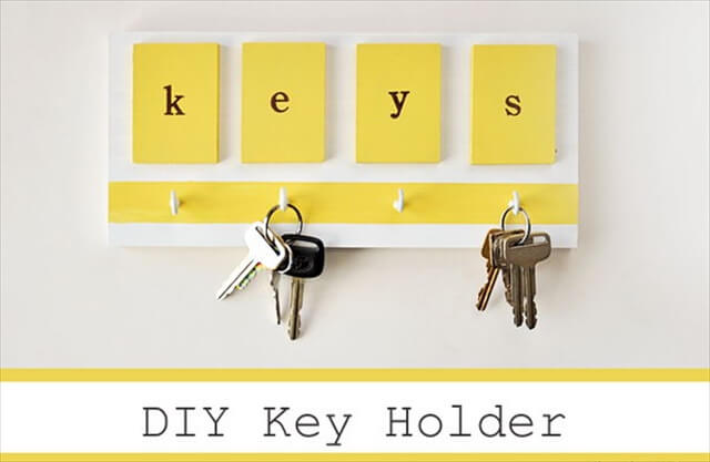 Simple Bright Key Holder