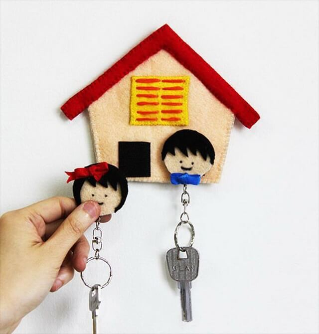 DIY Felt Home Key Holder