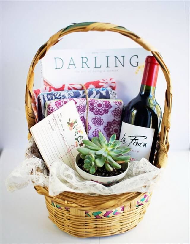 DIY Housewarming Gift Basket