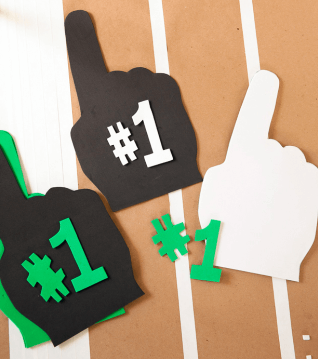 DIY Mini Foam Fingers: