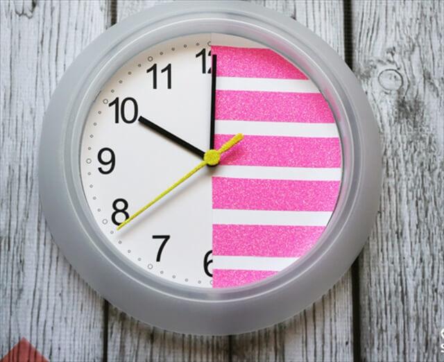 Striped Glitter Clock