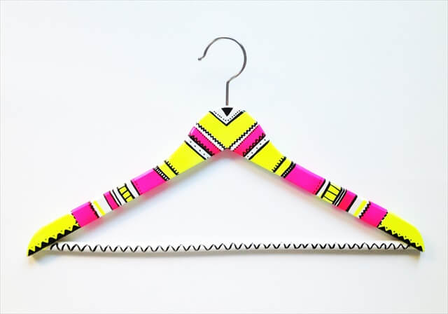 Patterned Clothes Hanger