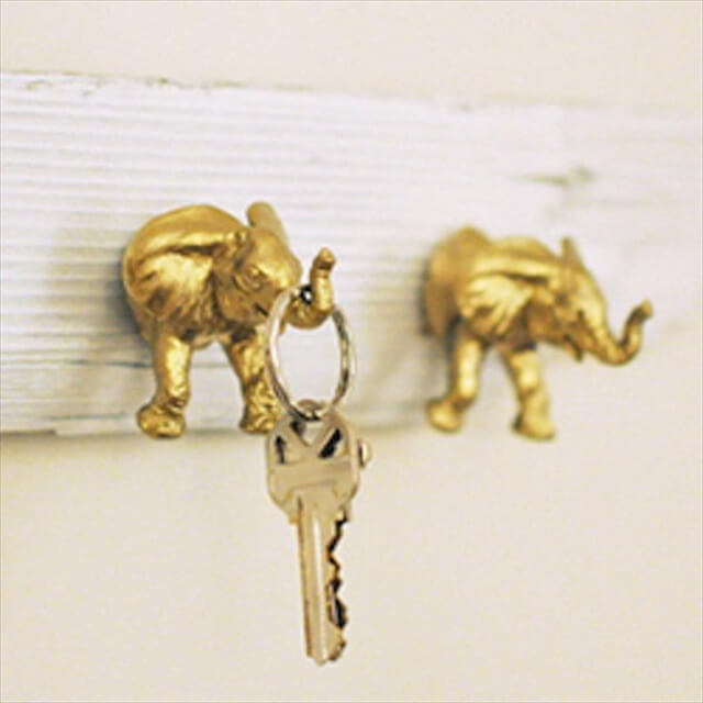 Spray Paint Dollar Store Plastic Animal Toys for Cute Key Holders