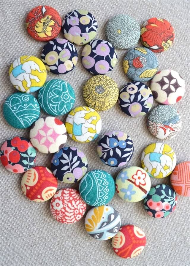 Use up your fun and funky fabric scraps with this fun and simple DIY Scrap Magnet