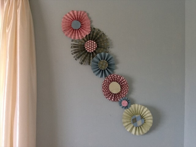 Scrapbook paper flower wall art: Wall Art, Wall Decor, Scrapbook Paper Flowers,
