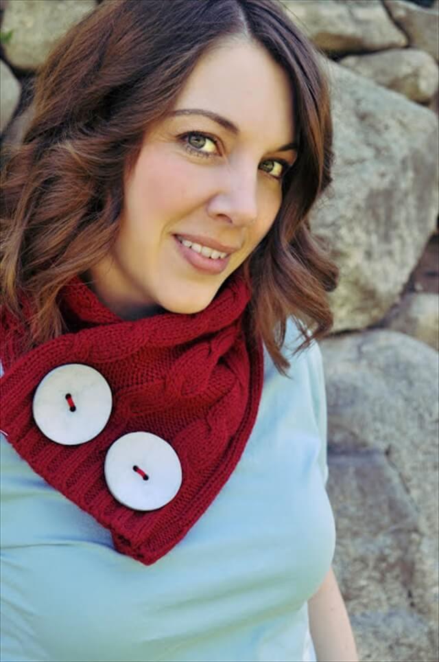 Sweater Scarflette