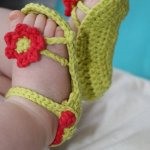 15 DIY Cute Crochet Baby Booties