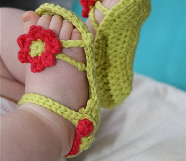 flower power baby sandals 15 crochet hammock free patterns   diy to make  rh   diytomake